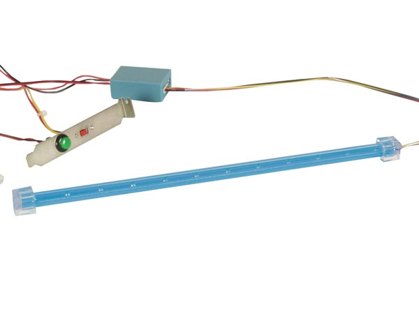 VELLEMAN PCLB1 KIT MET KNIPPERENDE LED STAAF VOOR PC TUNING - BLAUW
